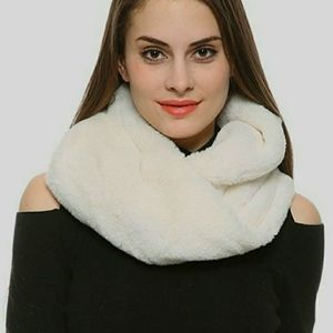 Lucky Brand Faux Fur Cream Infinity Scarf